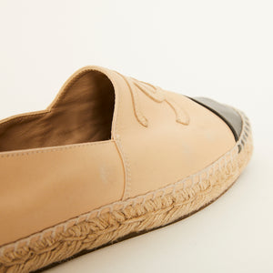 Load image into Gallery viewer, CHANEL Leather CC Esapadrille Sz 38