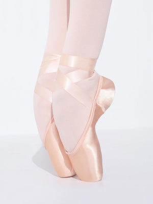 Capezio Airess Tapered 7.5 Shank Pointe Shoe