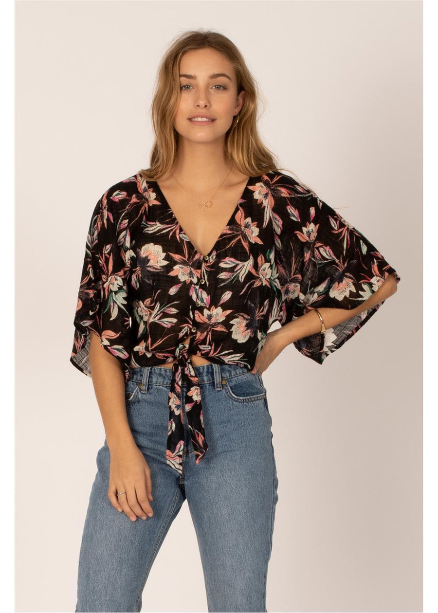 KEEP ME IN PARADISE S/S WVN TOP-BLK
