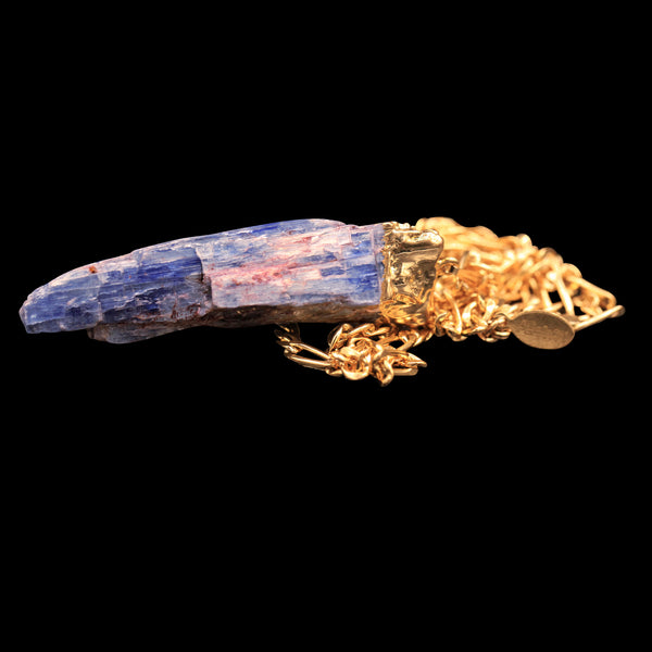 Raw Blue Kyanite Blade on Figaro