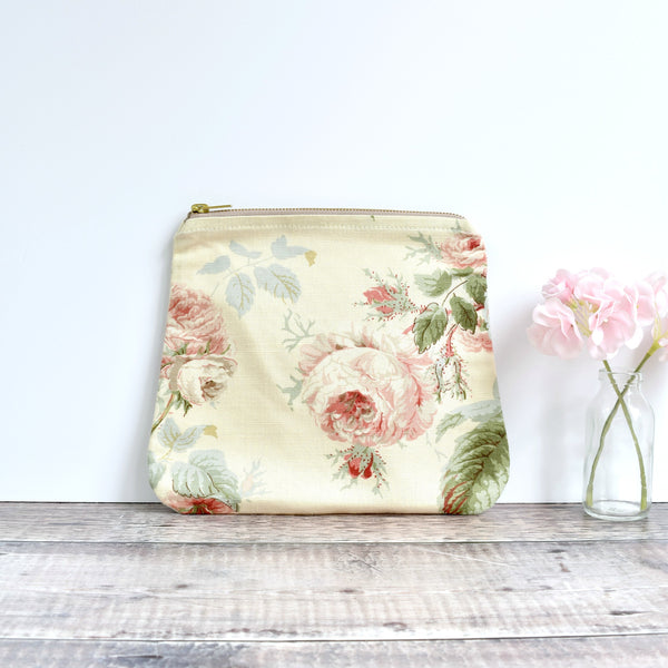 Large vintage fabric pouch, washbag, make-up bag made from cream floral vintage fabric handmade by Stitch Galore