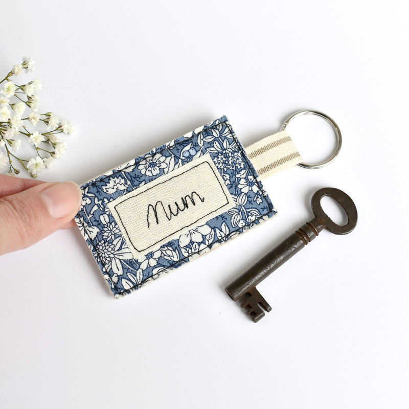 Embroidered personalised Mum keychain, name keyring handmade by Stitch Galore