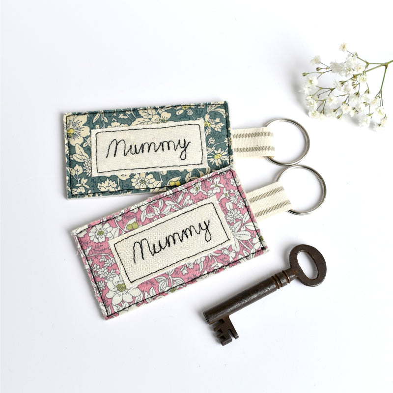 Embroidered personalised Mummy keyring, name keychain handmade by Stitch Galore