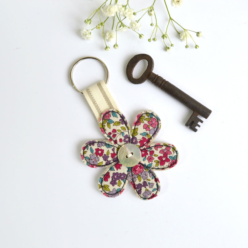 Embroidered flower keychain, flower key ring with pink fabric handmade by Stitch Galore