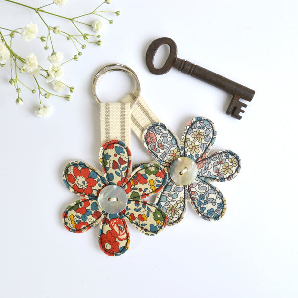 Embroidered flower keyring, flower keychain with floral fabric handmade by Stitch Galore