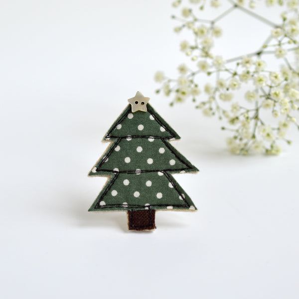Fabric Christmas tree brooch, Sewn Christmas tree brooch handmade by Stitch Galore