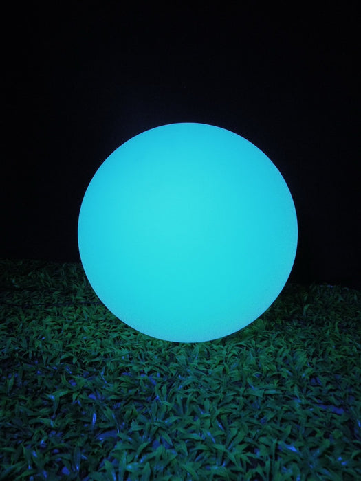 Photograph showing one single 60 cm LED sphere