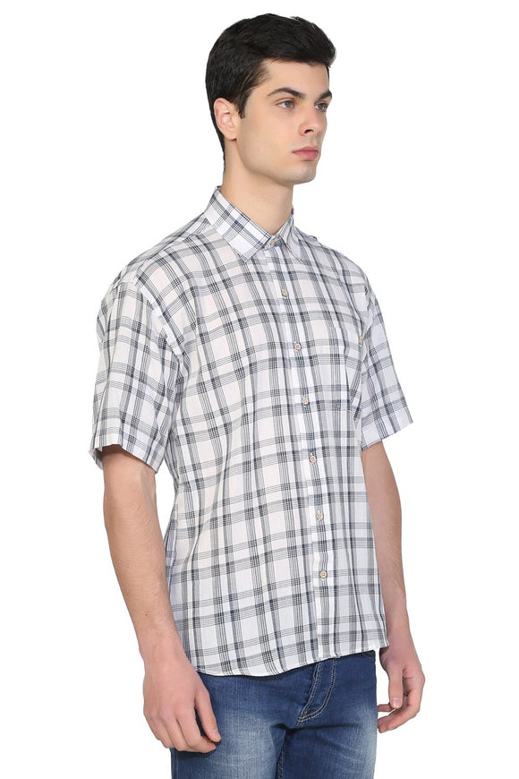 Men's Short Sleeves Plaid Shirt - Trendyul