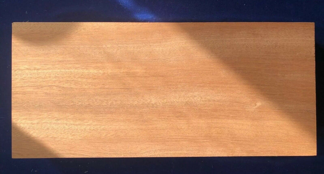 1 × Solid Utile African Mahogany Wood Sheets 3mm, 4mm or 6mm - Boat-yard.com
