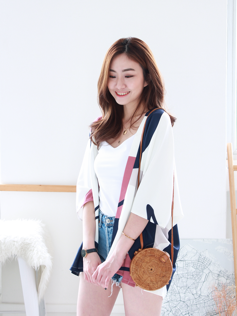 Connor Graphic Kimono in White