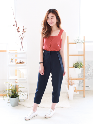 Derek Crop Pants in Navy