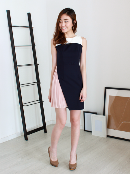 Mindie Pleated Dress in Blush/Navy