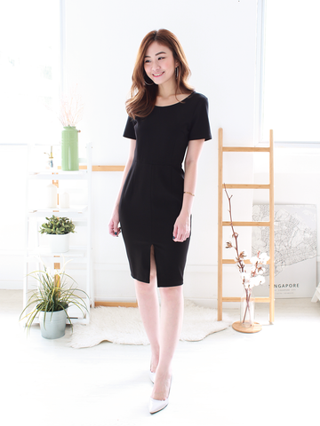 Louis Slit Midi in Black | *MADEBYWC