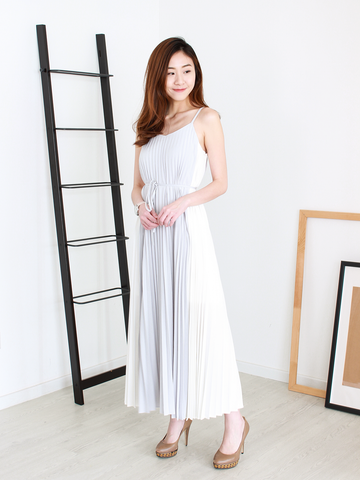 Winston Pleated Maxi in Grey/White