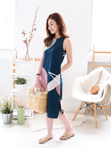 Keran Graphic Slit Midi in Navy | *MADEBYWC