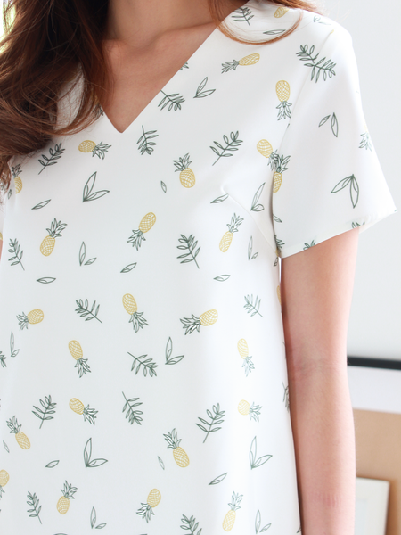 Pineapple Pocket Shift Dress in White