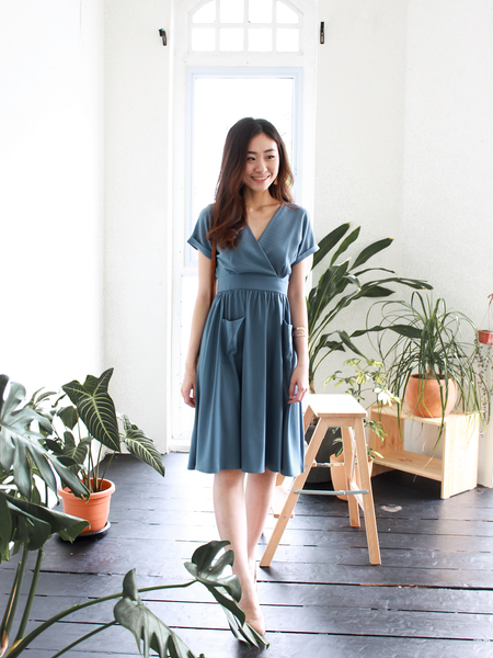 Miya Relax Dress in Ash Blue