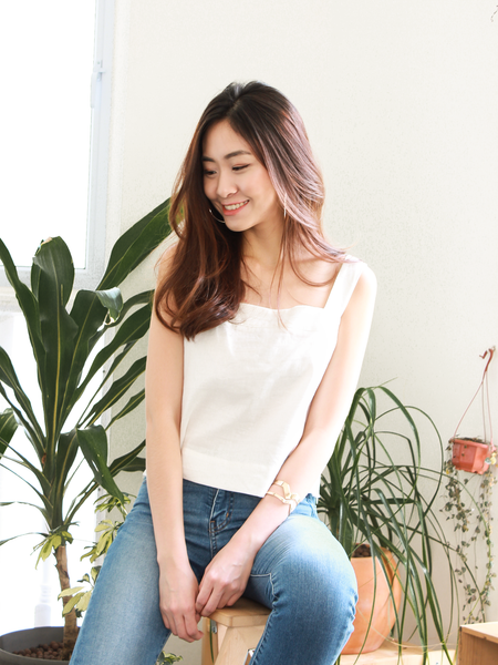 Resort Linen Top in White