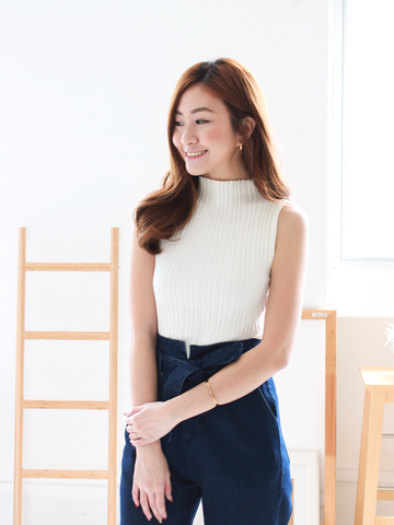 Como High-Neck Knit Top in White