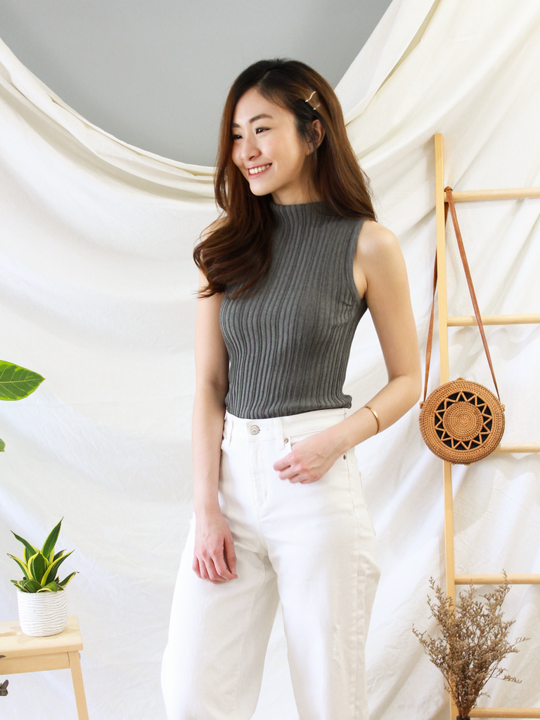 Como High-Neck Knit Top in Grey