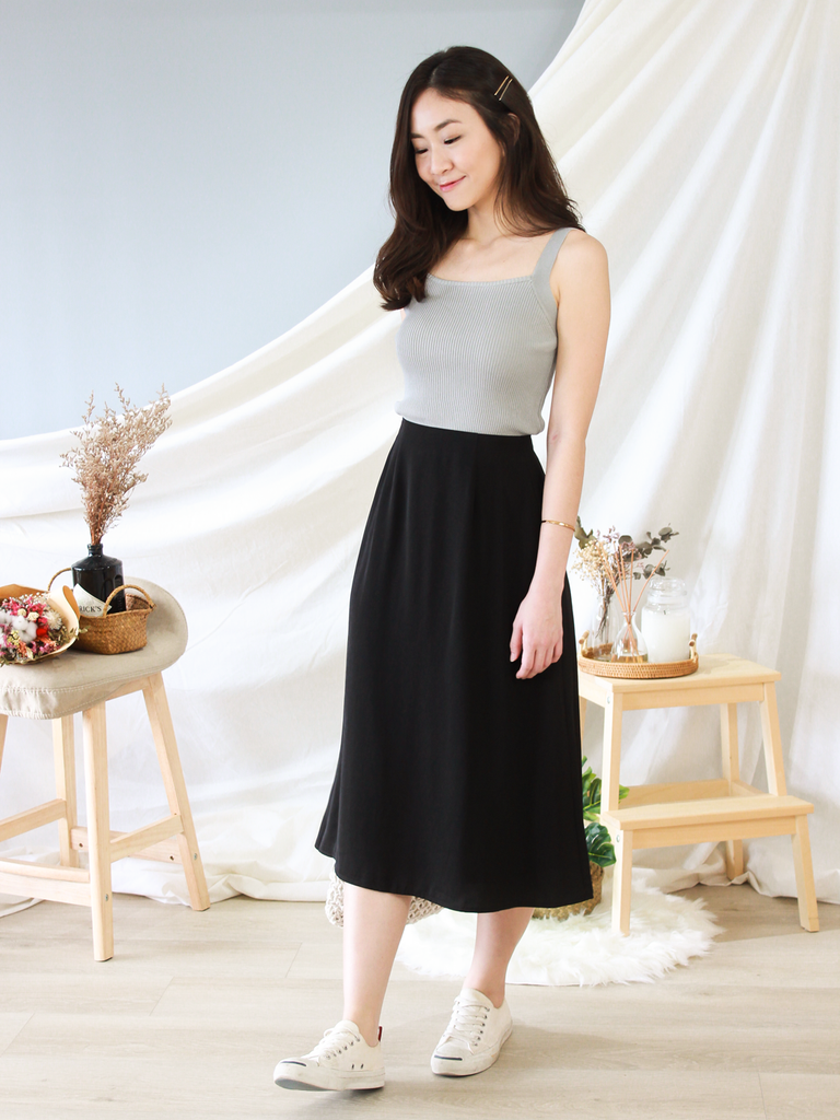 Gavin High-Waisted Skirt in Black
