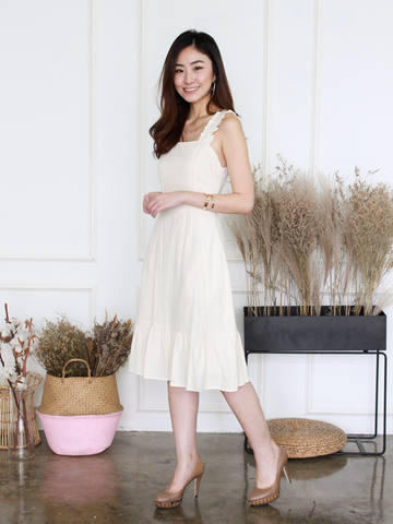 Emily Ruffles Dress in Cream