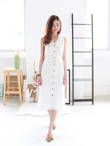 Mathilda Mermaid-Tail Linen Dress in White | *MADEBYWC
