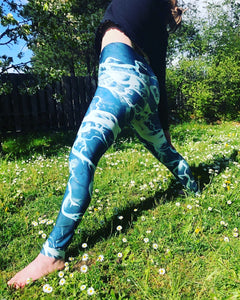 """Streaming"" ~ Yoga Leggings made in Canada"