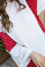 Load image into Gallery viewer, Round Neck 3/4 Rolled Up Sleeve Contrast Woven Heart Print Knit Top - Shopninaruchi