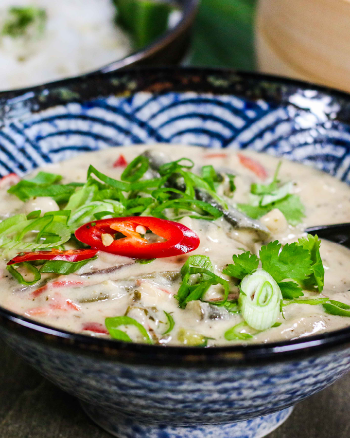 Miss Pia Loem: Thai Chicken Curry