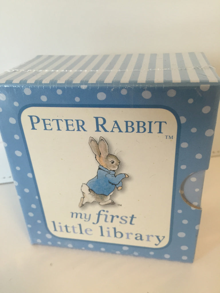 Peter Rabbit : My First Little Library