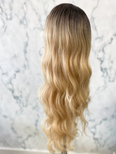 Load image into Gallery viewer, Balayage Wig