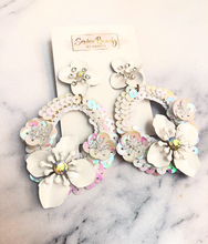 Load image into Gallery viewer, Sequined white Floral earrings