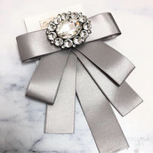 Load image into Gallery viewer, Gray Bow Pin