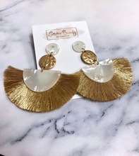 Load image into Gallery viewer, Gold and White Tassel Earrings
