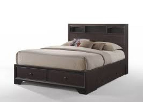 "71"" X 63"" X 48"" Queen Espresso Rubber Wood Bed"