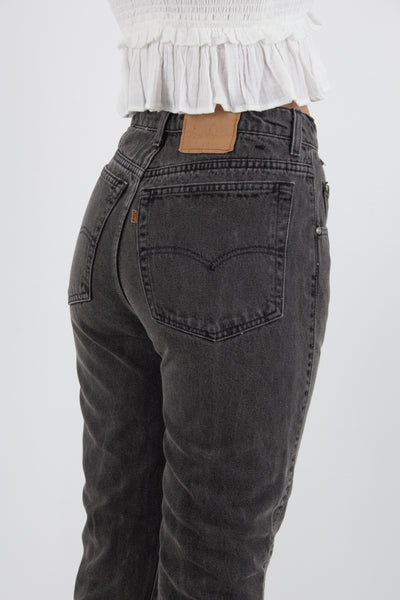Levis Jeans - High Rise - Tapered Leg - in Charcoal Grey - Size S/M / 28""