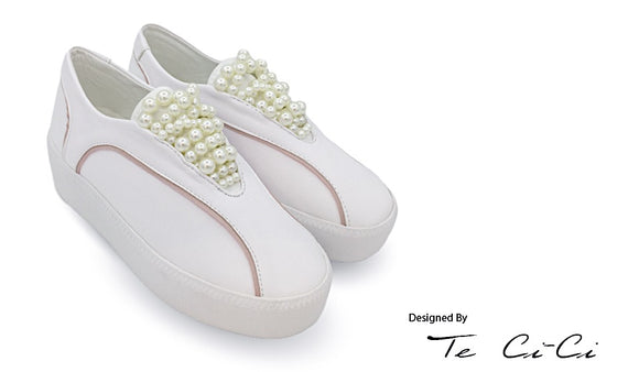 Sweet Platform Sneakers With Pearl