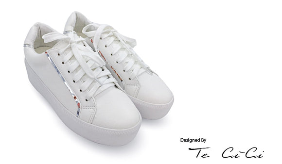 Platform Sneakers With Metalic Linings