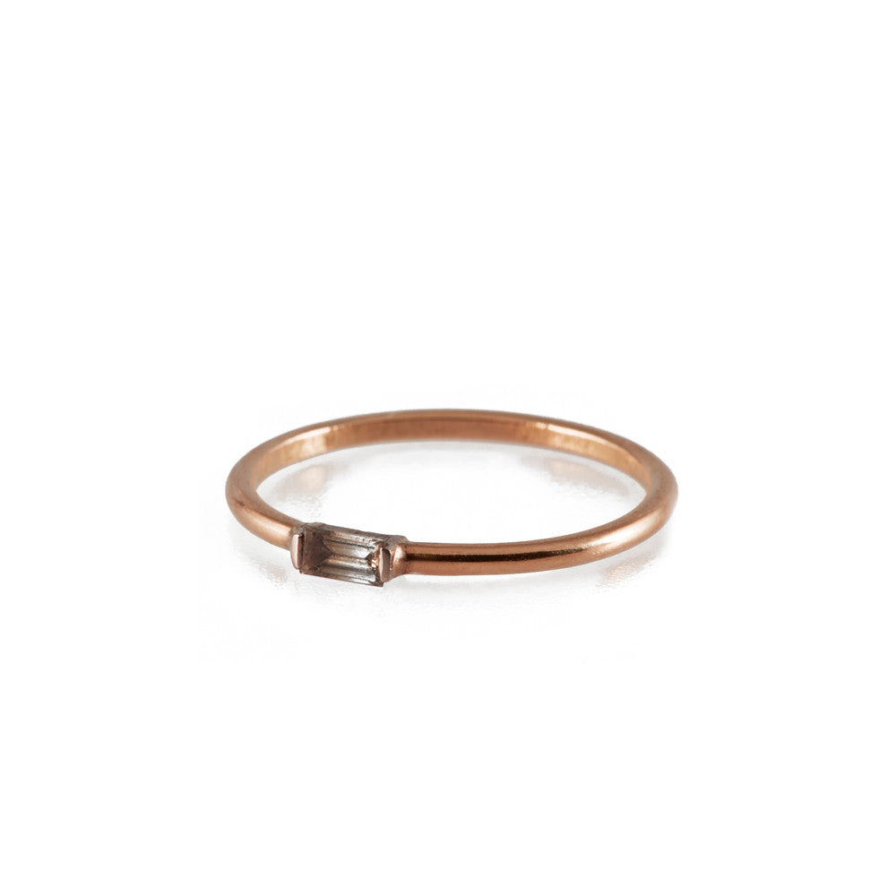 BAGUETTE <p>diamond and rose gold wedding ring</p>