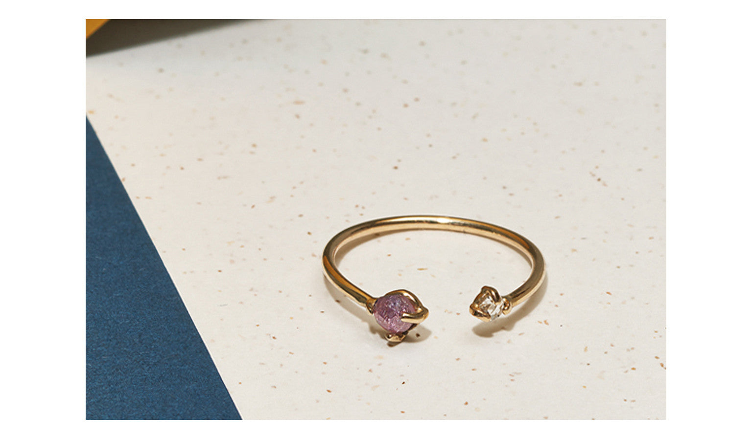 TWIN CUT <p>18k gold ring with rose cut diamonds</p>