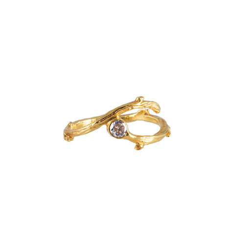 FORAGE gold ring with white sapphire