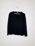 Basic cashmere v-neck knit