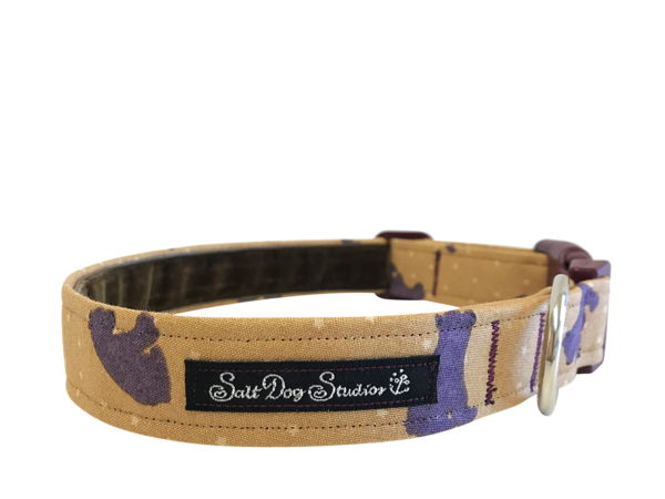 Bear Hug Dog Collar ©
