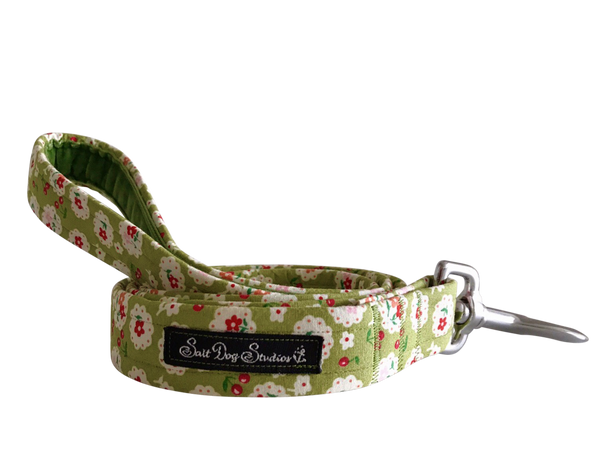 Betsy Green Dog Lead ©