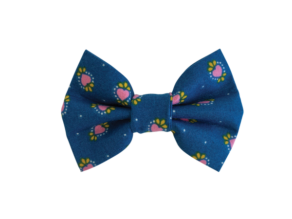 Wild At Heart Bow Tie ©