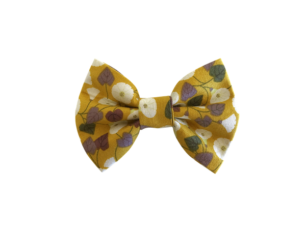 Granny-Pop-Out-Of-Bed Bow Tie ©