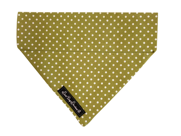 Green Polka Dot Dolly Bandana ©