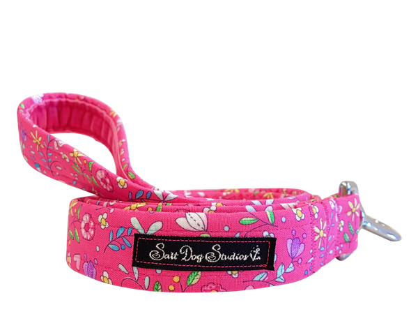 Pretty in Pink Dog Lead ©