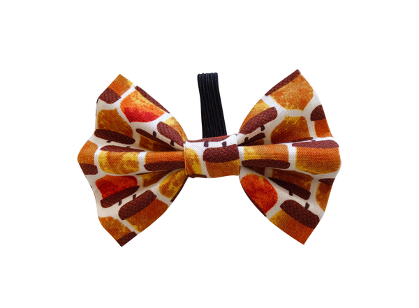 Squirrels Treasure Bow Tie ©